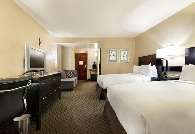 new york hotels accommodations and suites radisson jfk. Black Bedroom Furniture Sets. Home Design Ideas